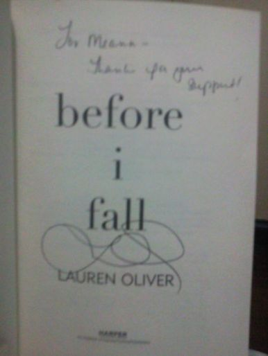 """""""Before I Fall"""" signed by Lauren Oliver"""